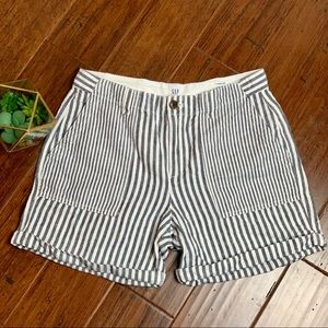 Gap Girlfriend Chino Shorts Women's Sz 6